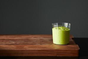 Рецепт смузи из авокадо и лайма