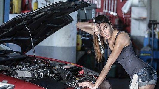 Автомобиль - мечта для женщины: Форд Фиеста, Хендай Акцент, Шкода Фабия и другие!