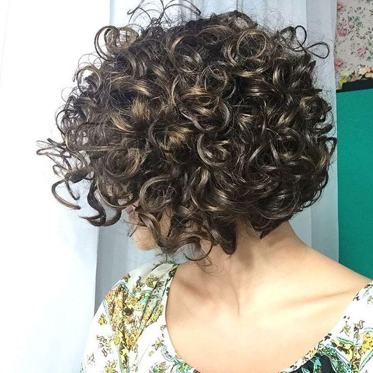 БИО-завивка волос - шикарные кудри с витаминной косметикой