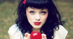 Гадание на любовь на яблоках