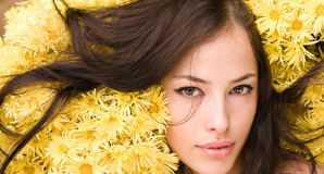Осветление русых и темных волос медом — фото, отзывы, рецепт