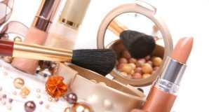 Срок годности косметики и губной помады
