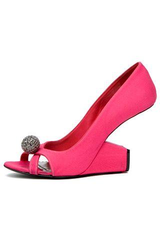 Необычная женская обувь (38 Фото) 1