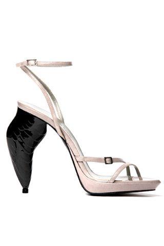 Необычная женская обувь (38 Фото) 3