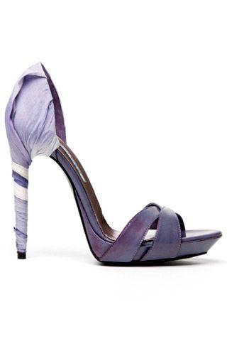 Необычная женская обувь (38 Фото) 4