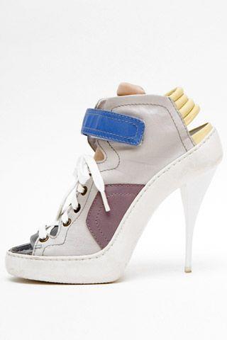 Необычная женская обувь (38 Фото) 5