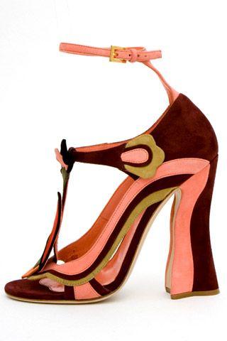 Необычная женская обувь (38 Фото) 7