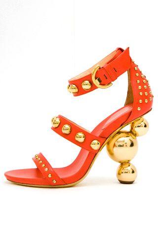 Необычная женская обувь (38 Фото) 10
