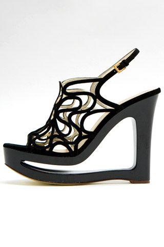 Необычная женская обувь (38 Фото) 14