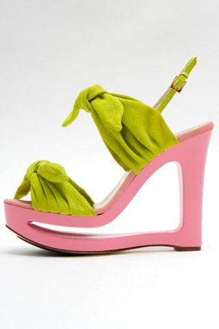 Необычная женская обувь (38 Фото) 15