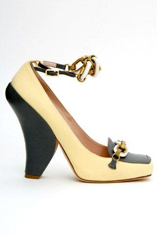 Необычная женская обувь (38 Фото) 24
