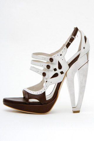 Необычная женская обувь (38 Фото) 28