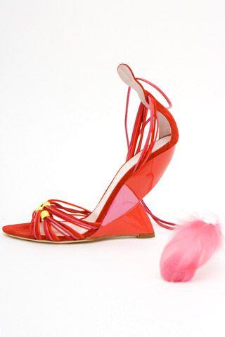 Необычная женская обувь (38 Фото) 31
