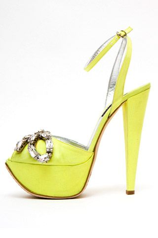 Необычная женская обувь (38 Фото) 33