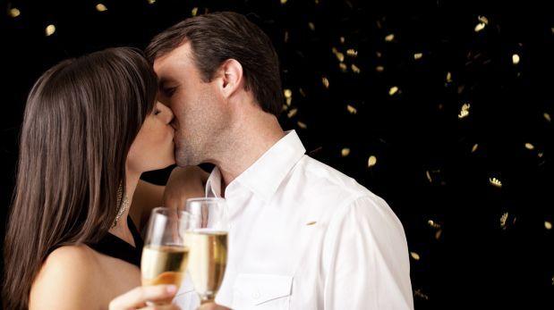 поцелуй новый год