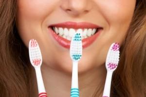 Как нужно правильно выбирать зубную щетку