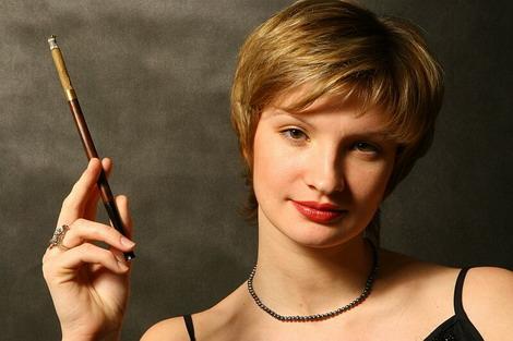 Косметика курящим женщинам