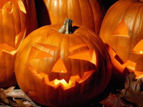 Хеллоуин – день всех святых: костюмы на Хэллоуин и атрибуты праздника