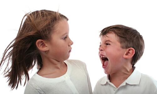 """Как справляться с гневом ребенка в """"первом переходном"""" возрасте?"""
