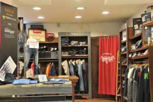 розничный магазин одежды