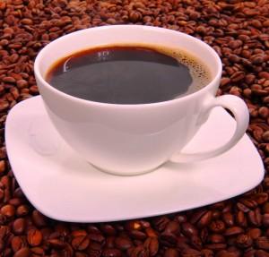 Утренняя чашечка кофе. Чем людей привлекает кофе?