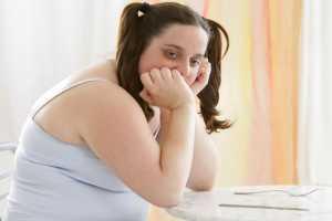 молодая жирная девушка