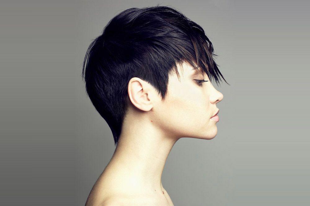 стрижка на кудрявые волосы под мальчика